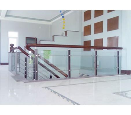 Cầu thang vách kính tay vịn gỗ CTK - G001
